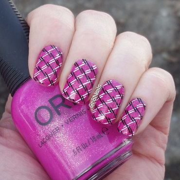 Criss Cross nail art by Gr8Nails