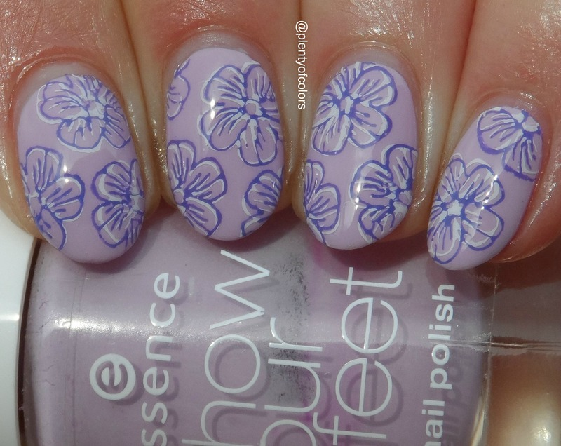 Blümchen Double Stamping nail art by Plenty of Colors