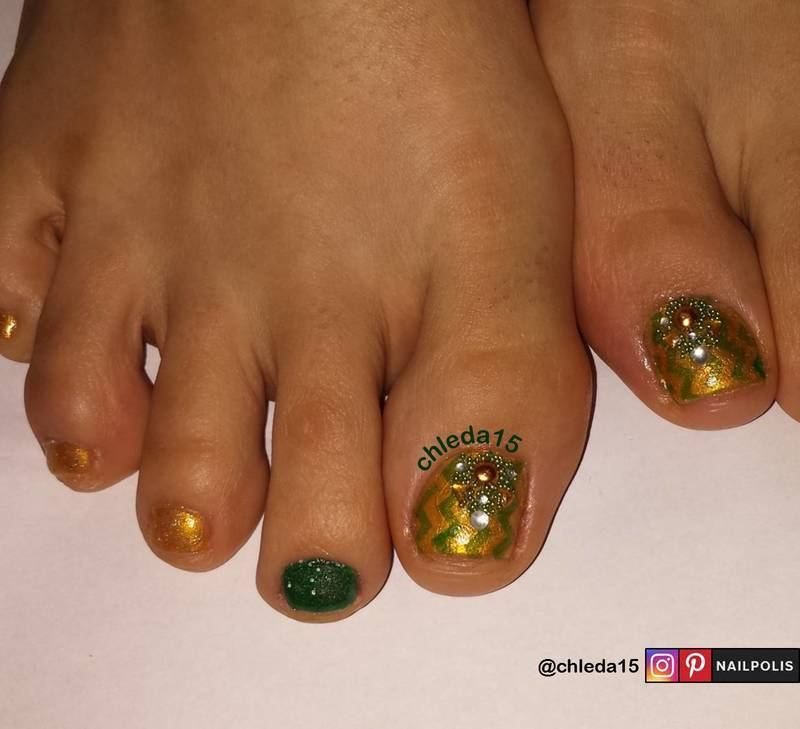 Sweet Money Honey nail art by chleda15