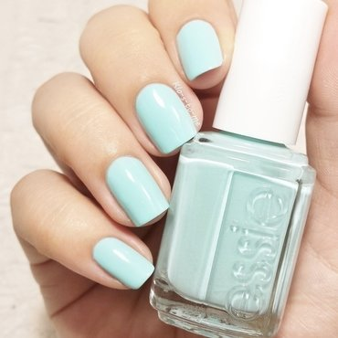 Essie Blossom Dandy Swatch by klo-s-to-me