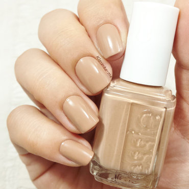 Essie Picked Perfect Swatch by klo-s-to-me