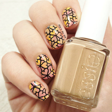 Pueen Geo Lover nail art by klo-s-to-me
