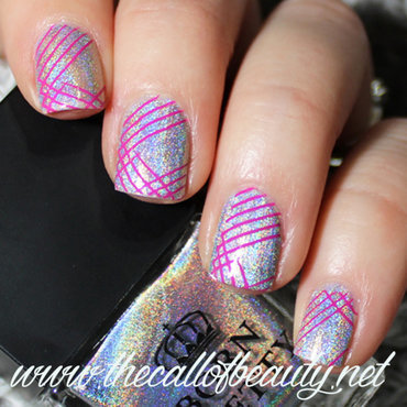 Sparkly Lines nail art by The Call of Beauty