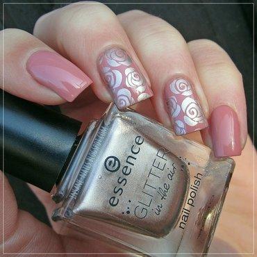 Vintage roses nail art by Sanela