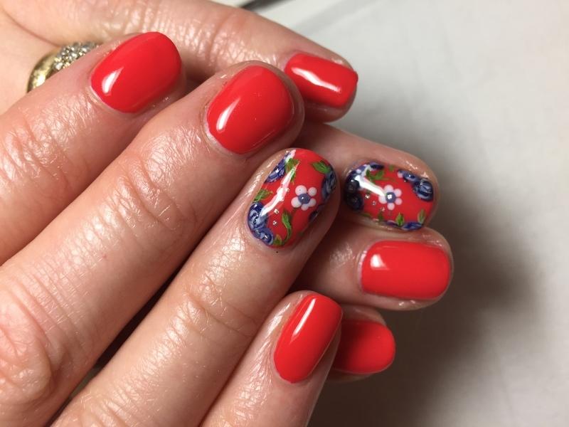 Oriental mum nail art by Niki