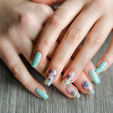 Blue Bloom #2 nail art by 9th Princess