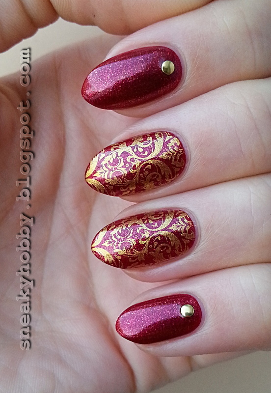 Classy Red & Gold nail art by Mgielka M