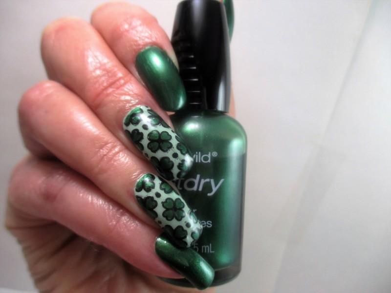 St. Patricks nail art by NinaB