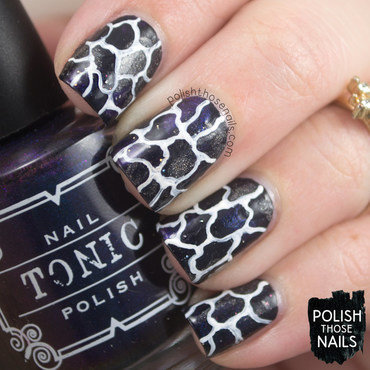 Black smoosh white squiggles pattern nail art 4 thumb370f