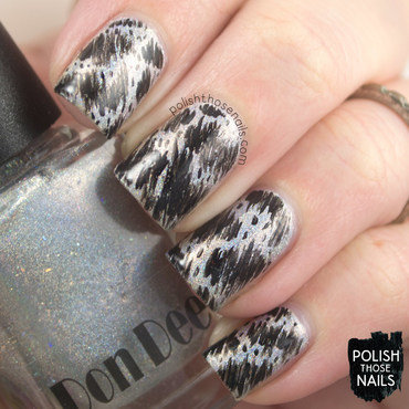 Silver holo black abstract pattern nail art 4 thumb370f