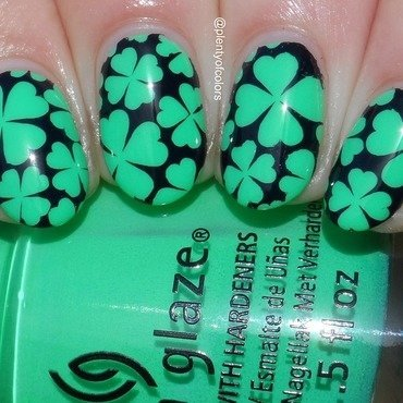 Neon Clover nail art by Plenty of Colors