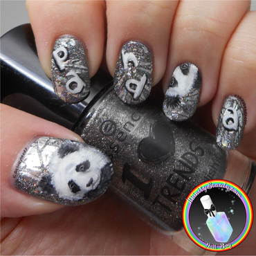 Freehand Panda Nail Art nail art by Ithfifi Williams
