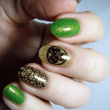 St. Patrick's Day nail art by Nail Crazinesss