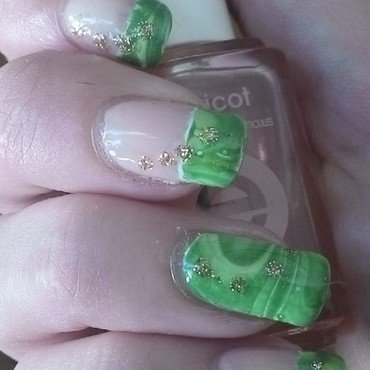 St Patty's Day Watermarble nail art by Kristyna