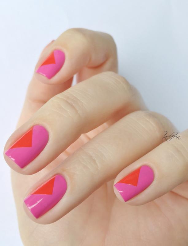 Bula! nail art by lackfein
