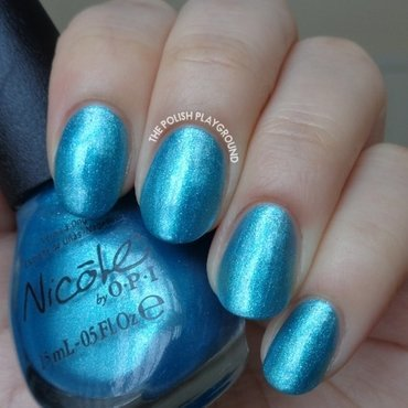 Nicole by OPI Diva into the pool Swatch by Lisa N