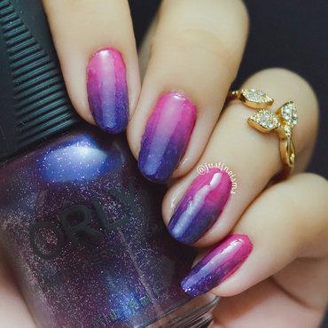 Deep Violet+Magenta Gradient nail art by ℐustine