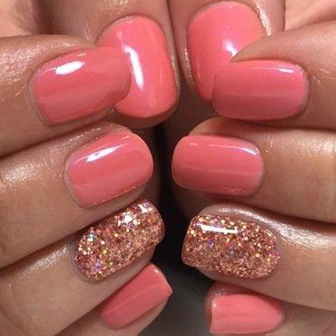 Spring peach nail art by Niki