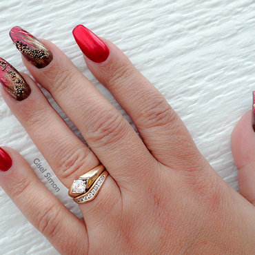OLD WORLD RED nail art by Gisel Simon