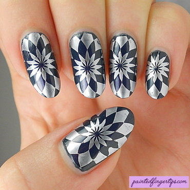 Silver optical illusion stamping thumb370f