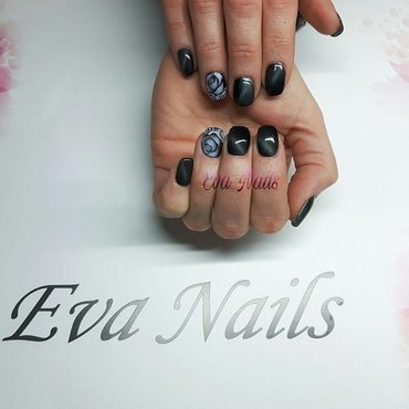 Cat Eye and roses nail art by Ewa EvaNails