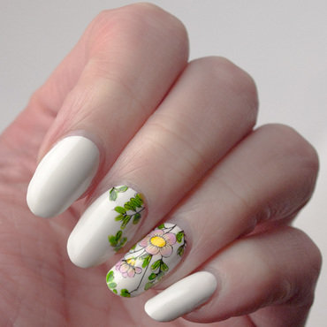 Friday Triad: inspired by Olivia Jade Nails nail art by What's on my nails today?