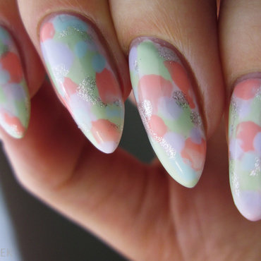 pastel watercolor nail art by Yenotek