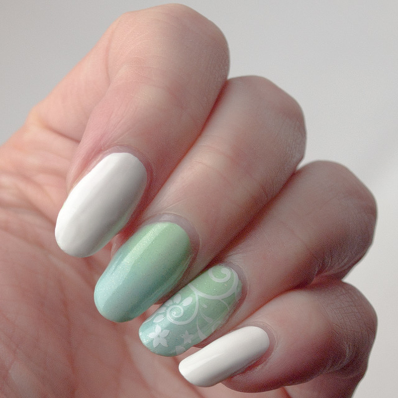 Delicate spring gradient nail art by What's on my nails today?