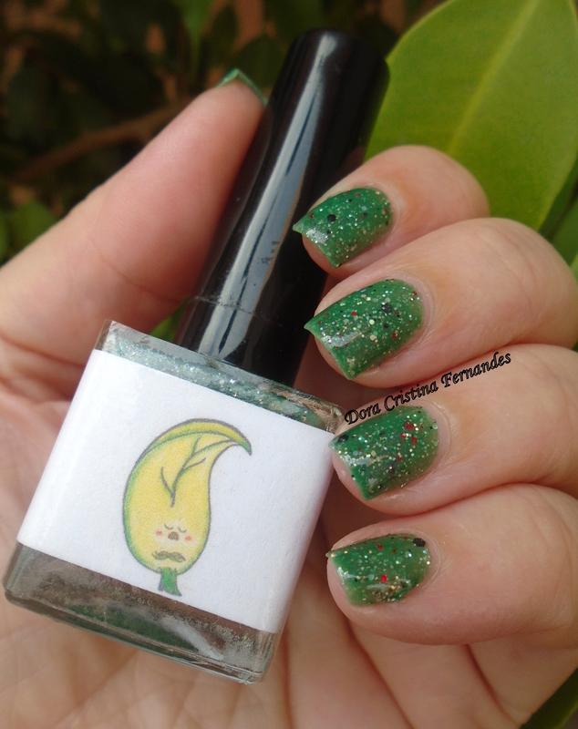 Fraken Nail Polish Leaf Me Alone ! Swatch by Dora Cristina Fernandes