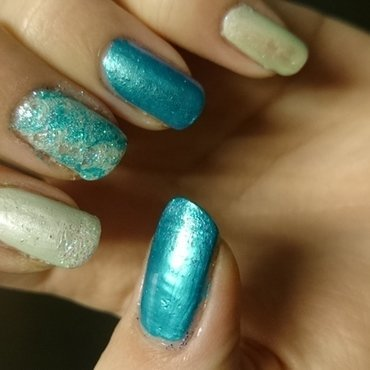 Sea nail art by Sabina Salomonsson