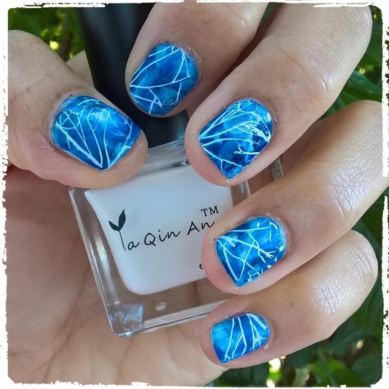 Sodalite Manicure  nail art by Avesur Europa