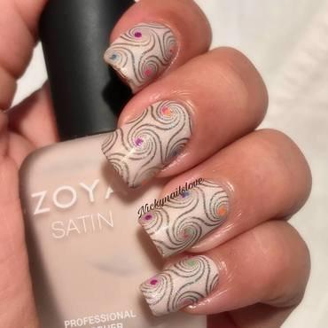 Swirls nail art by Nicky