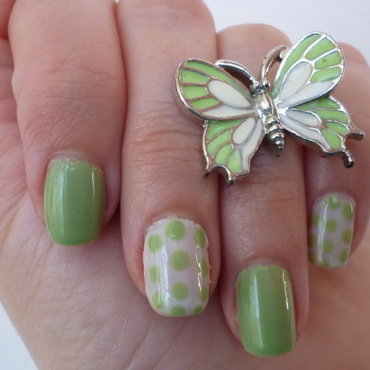 Spring Butterfly nail art by velinux