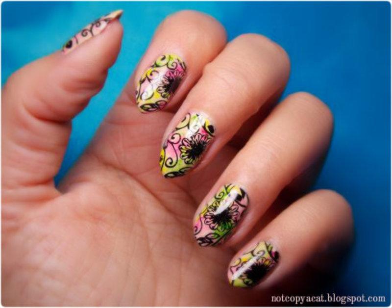 Flowery blur nail art by notcopyacat