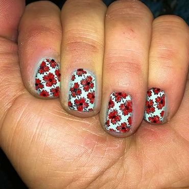 Flower stamping nail art by FRANCESCA SPORTELLA