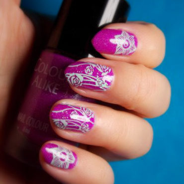 Flowery nail art by notcopyacat