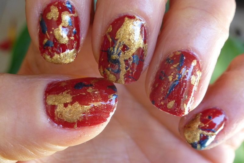 Helloooo Miss Emma ! nail art by Barbouilleuse