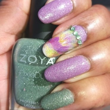 Zoya  20stevie  20vespa  thumb370f