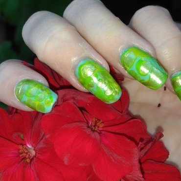 Rhapsody in Green nail art by tigerlyly