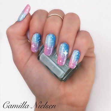 Pastel Galaxy nail art by Camilla Nielsen