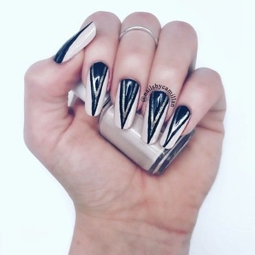 Gold spikes nail art by Camilla Nielsen