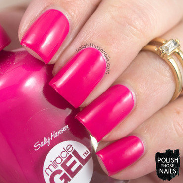 Sally hansen tipsy gypsy hot pink swatch 3 thumb370f