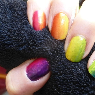 Rainbow nail art by Barbouilleuse