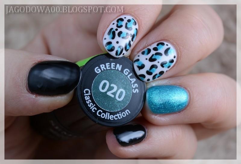 Blue panther nail art by Jadwiga