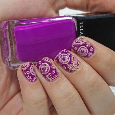 Paisley nail art by Moriesnailart