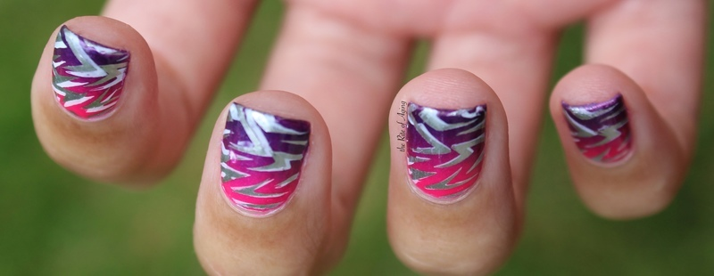 Electric Pink to Purple Gradient nail art by Monica