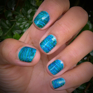Earth Day #fanbrushfriday nail art by Avesur Europa