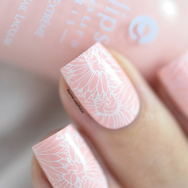 Pastel spring nail art by Marine Loves Polish