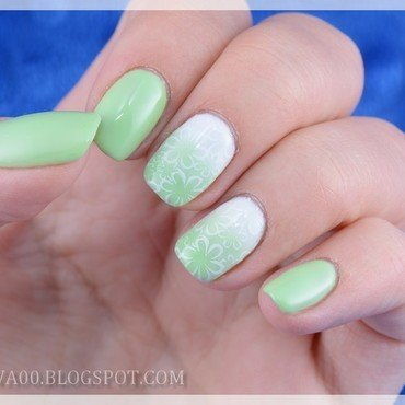 Light green spring nail art by Jadwiga