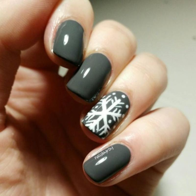 Snowflake nail art nail art by nailsbyroy
